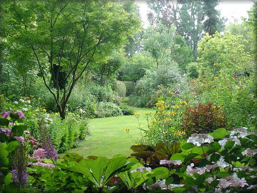 Jardin extraordinaire jardin remarquable jardin d 39 exception for Alexandre jardin le petit sauvage